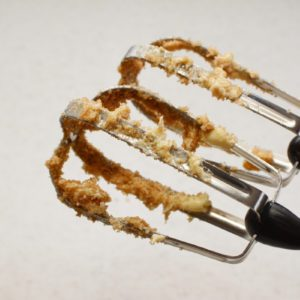 How to Clean and Care for a Hand Mixer