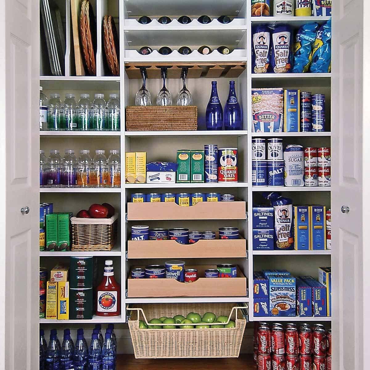 Closet pantry