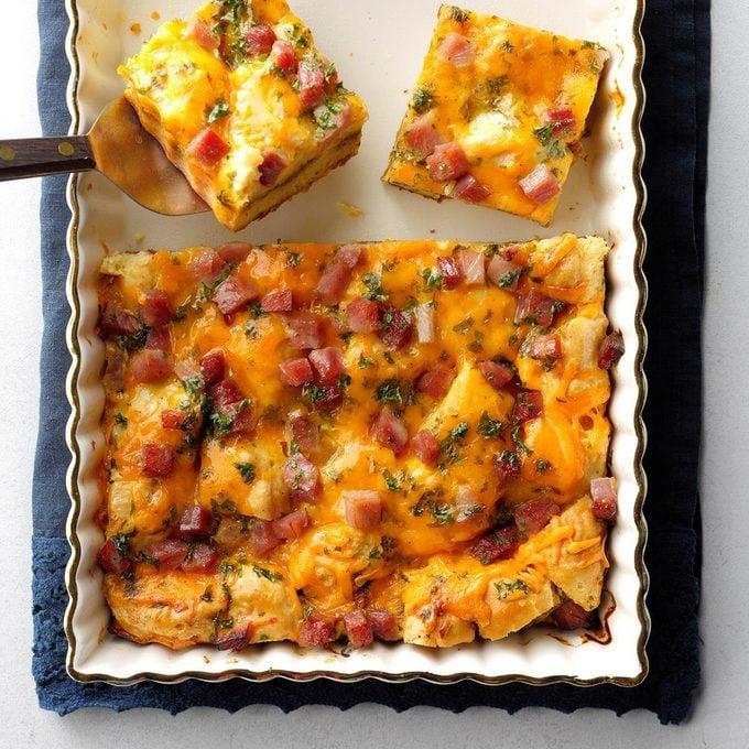 Apple Butter Biscuit Breakfast Bake Exps Sddj19 226456 B07 18 4b 1