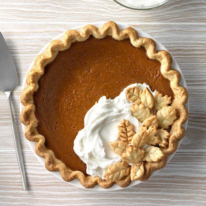 Gingerbread Spiced Pumpkin Pie Exps Sddj19 123630 C07 18 5b 8