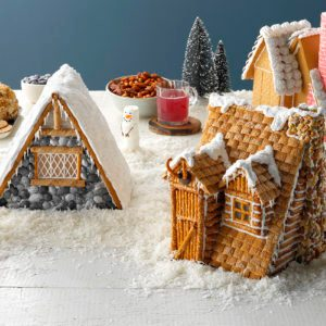 How to Plan a Gingerbread House Party