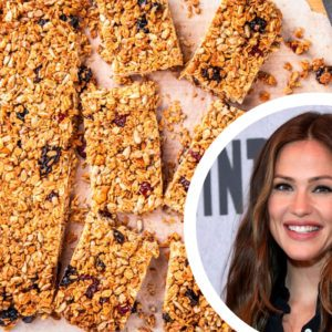 We Made Jennifer Garner's Healthy Granola Bars. Here's What We Thought