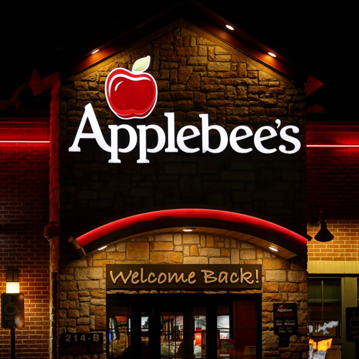 Applebee's casual dining family restaurant logo sign