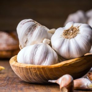 11 Easy Ways to Get Rid of Garlic Breath