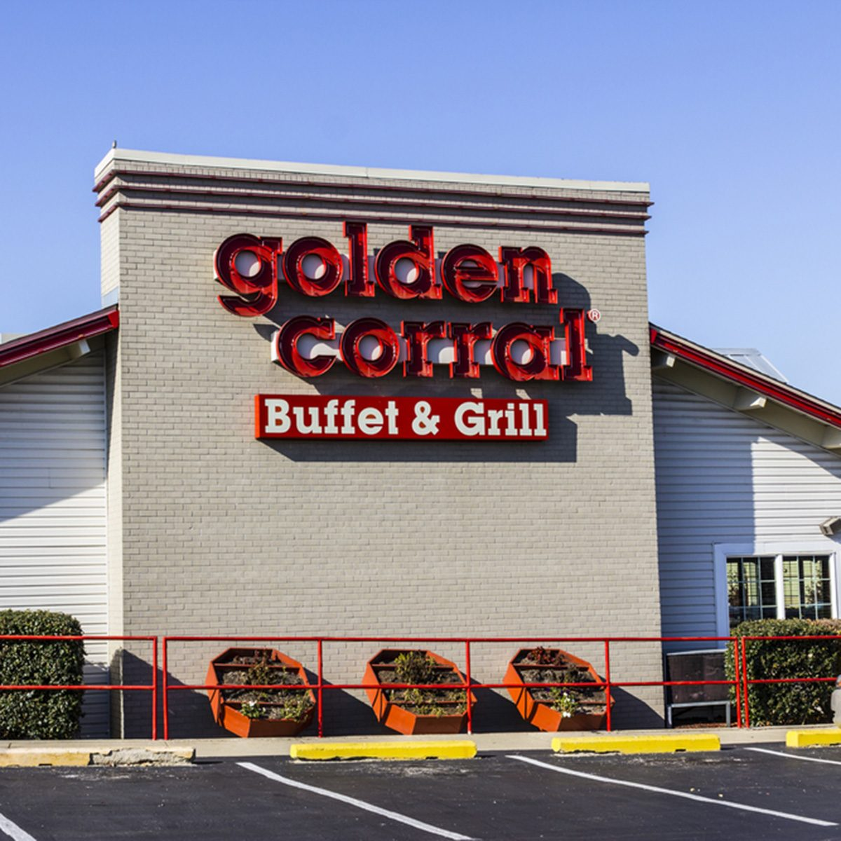 Golden Corral Buffet and Grill.
