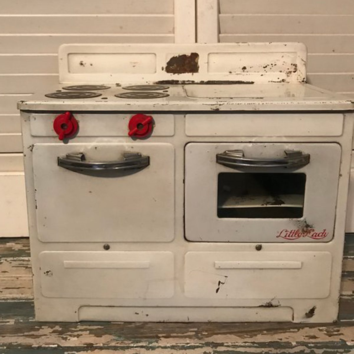 Little Lady Toy Stove