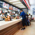 8 Polite Habits That Fast Food Employees Secretly Dislike