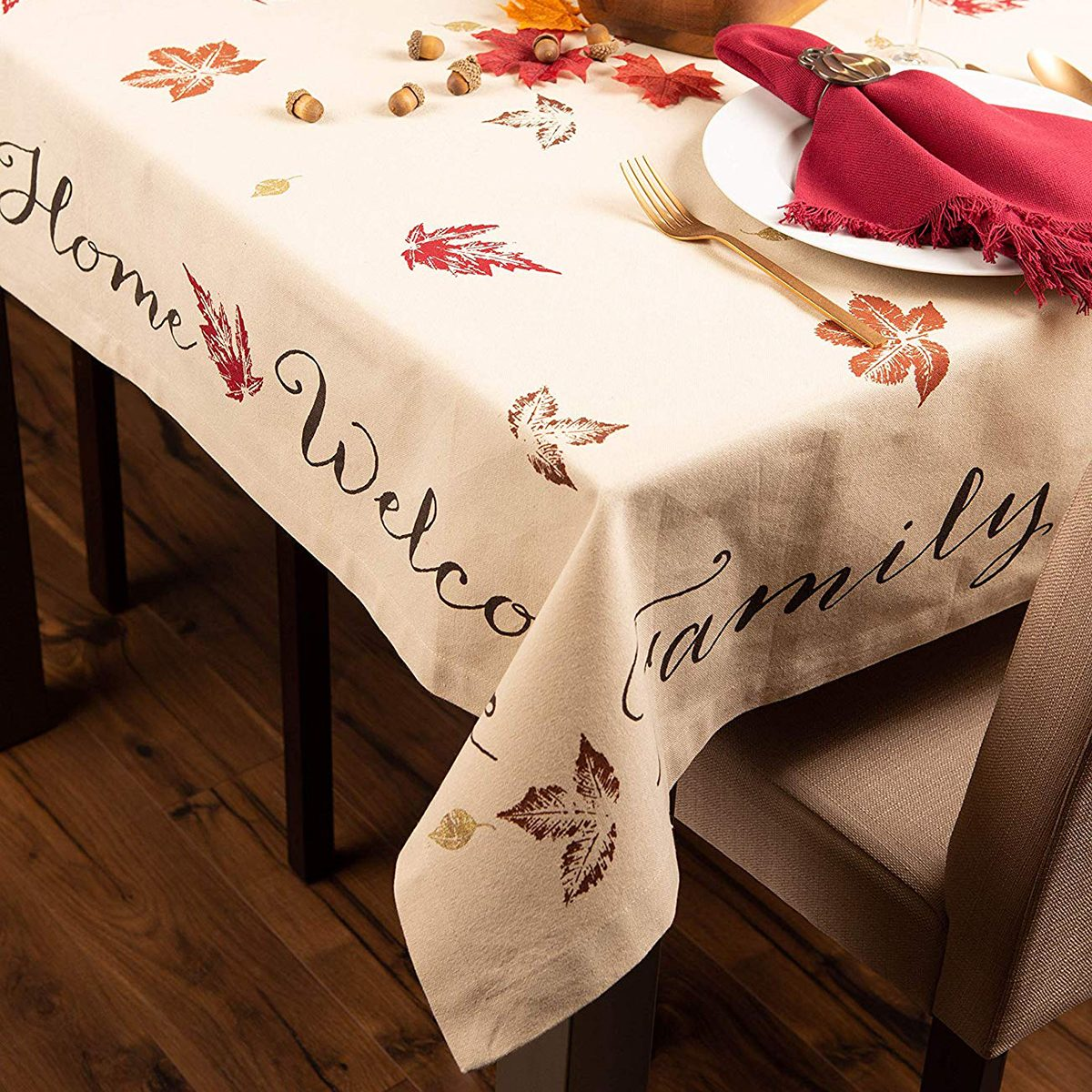"""DII 100% Cotton, Machine Washable, Printed Kitchen Tablecloth For Dinner Parties, Fall, Holidays & Thanksgiving - 60x84"""" Seats 6 to 8 People, Rustic Leaves"""