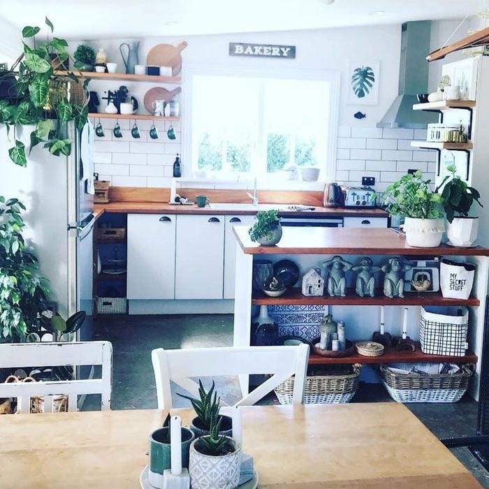 Taurus kitchen