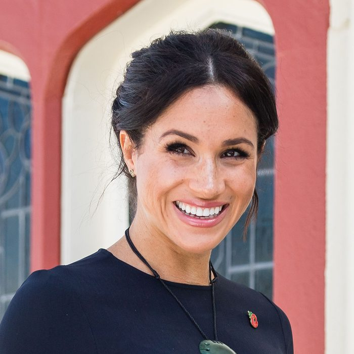 Mandatory Credit: Photo by REX/Shutterstock (9953954z) Meghan Duchess of Sussex attends a powhiri and luncheon in their Highnesses' honour at the Te Papaiouru Marae in Rotorua. Prince Harry and Meghan Duchess of Sussex tour of New Zealand - 31 Oct 2018 Earrings By Boh Runga Pounamu Necklace By Kiri Nathan
