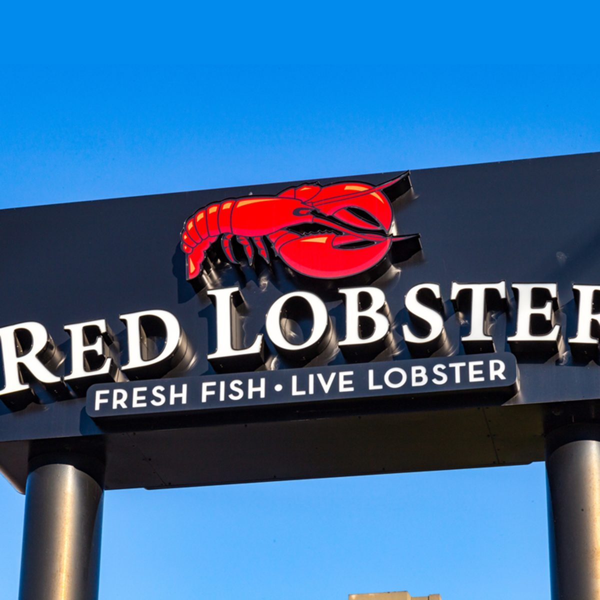 Exterior sign and logo of the Red Lobster Seafood Restaurant