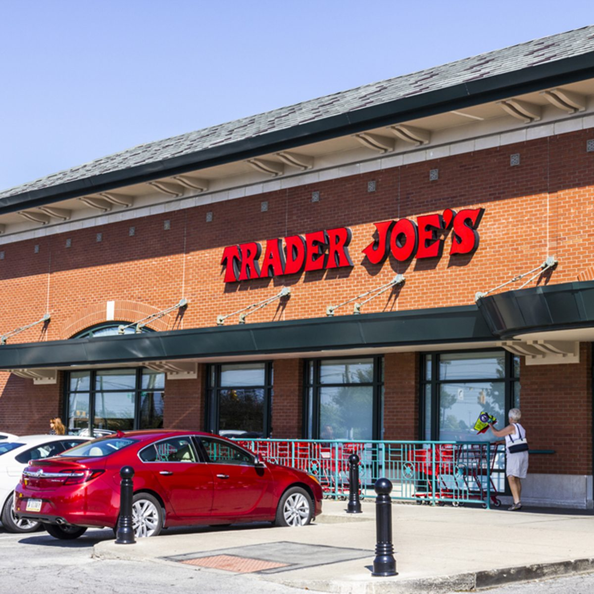 Indianapolis - Circa September 2016: Trader Joe's Retail Strip Mall Location. Trader Joe's is a chain of specialty grocery stores in the U.S. I; Shutterstock ID 485085724; Job (TFH, TOH, RD, BNB, CWM, CM): TOH