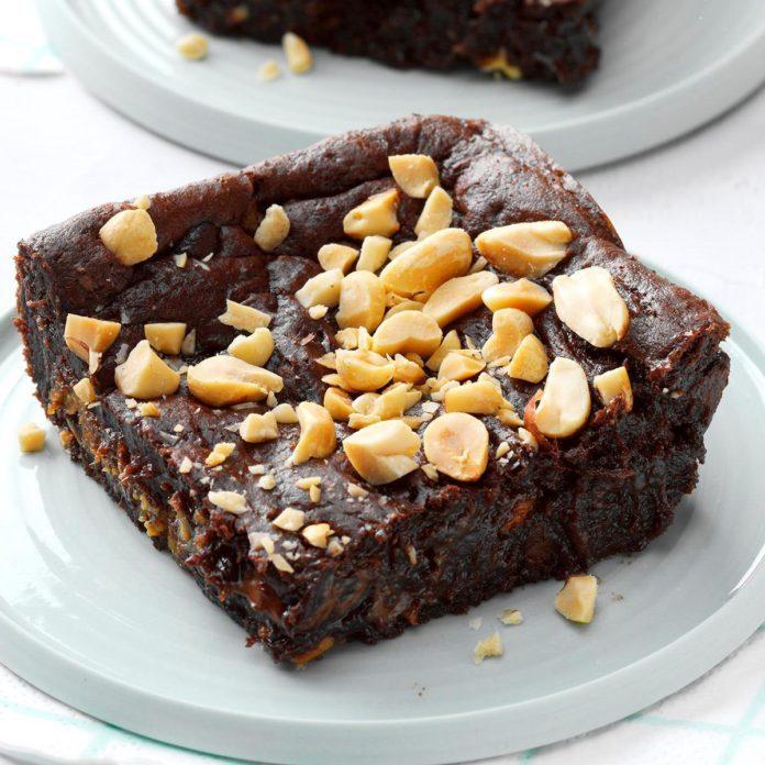 3rd Place: Chocolate-Peanut Butter Dump Cake