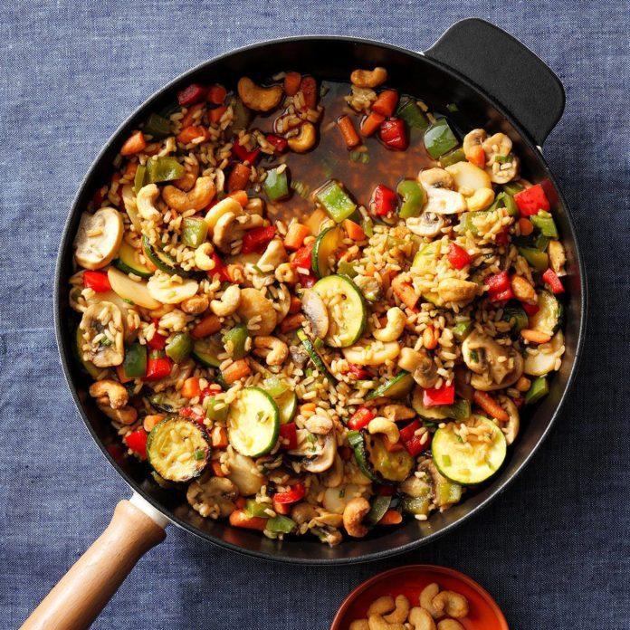 Veggie-Cashew Stir-Fry