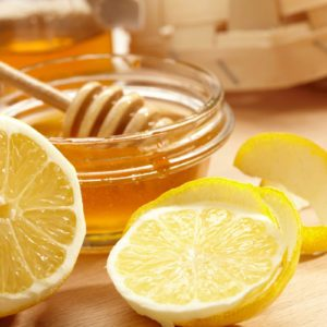 How to Make a Honey Face Mask