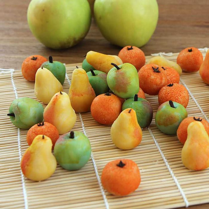 Orchard fruit candy