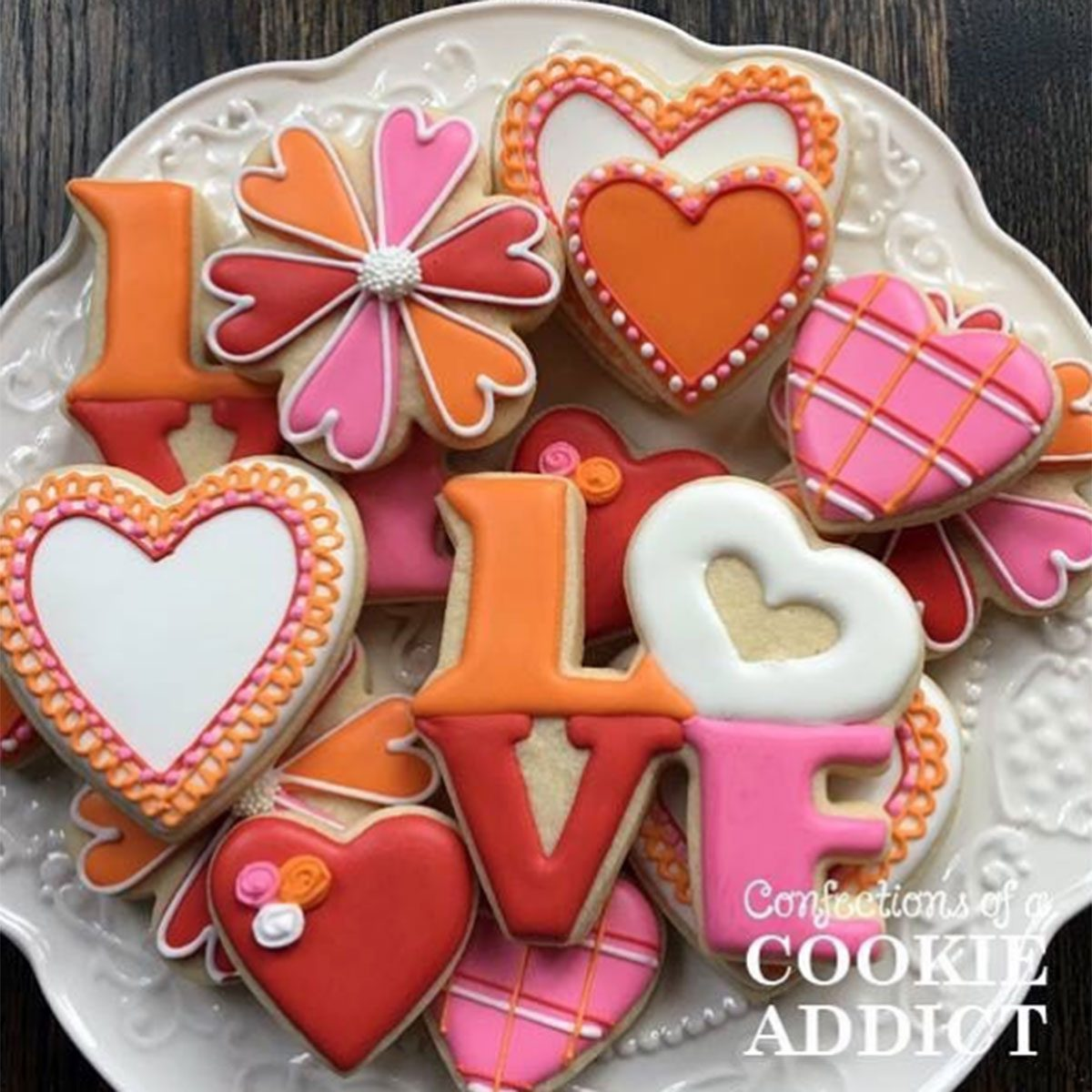 """Cookies that spell out """"love"""""""
