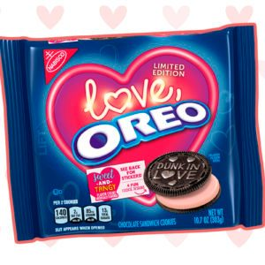 The New Valentine's Day Oreo Is Here and We're in LOVE