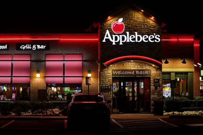 Applebee's grill and bar casual dining family restaurant