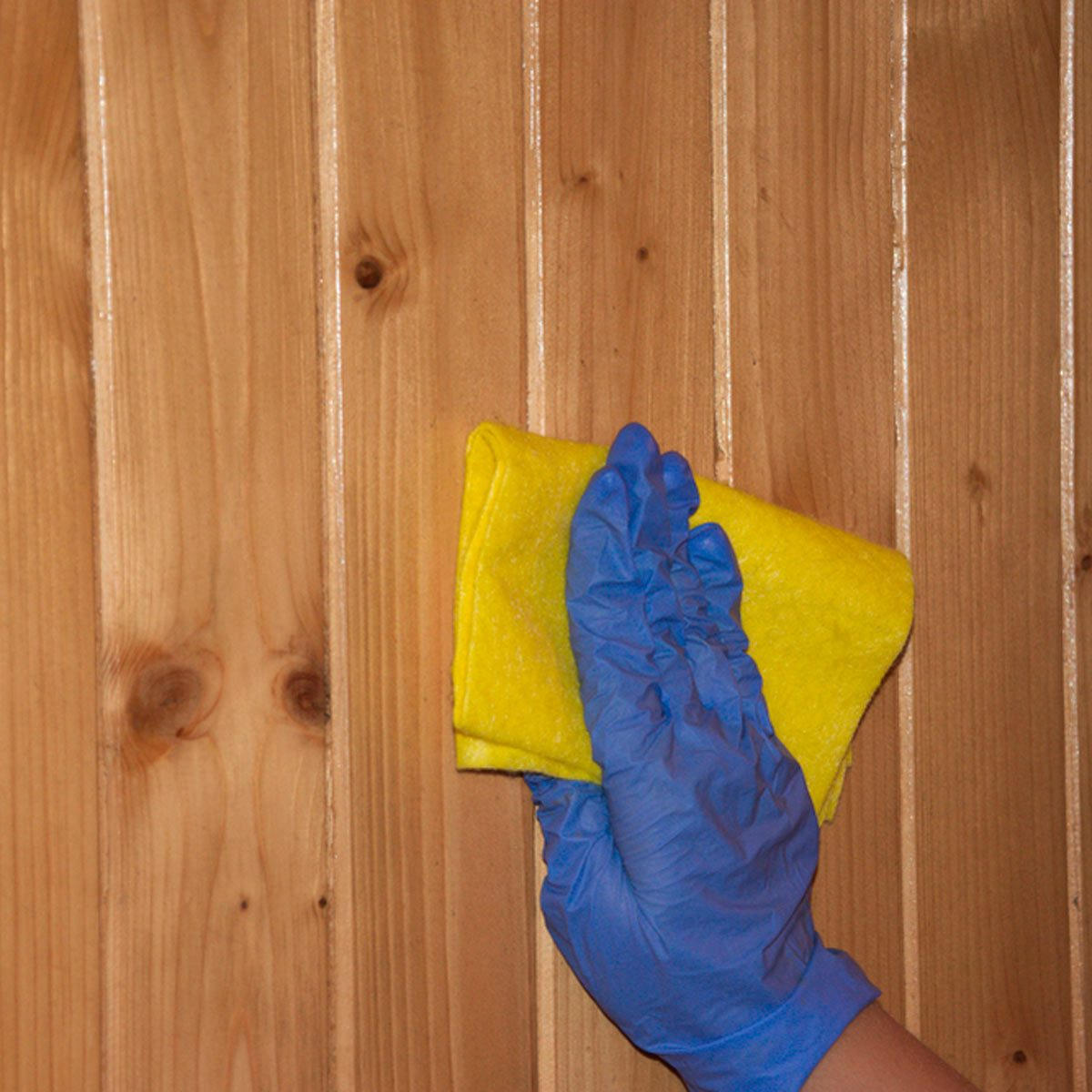 Cleaning wood wall