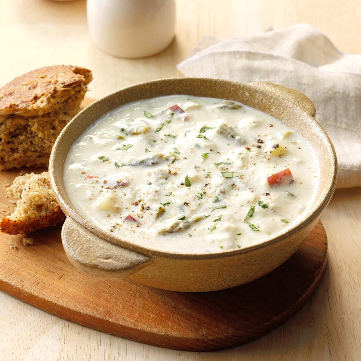 Delaware: Crab and Asparagus Soup
