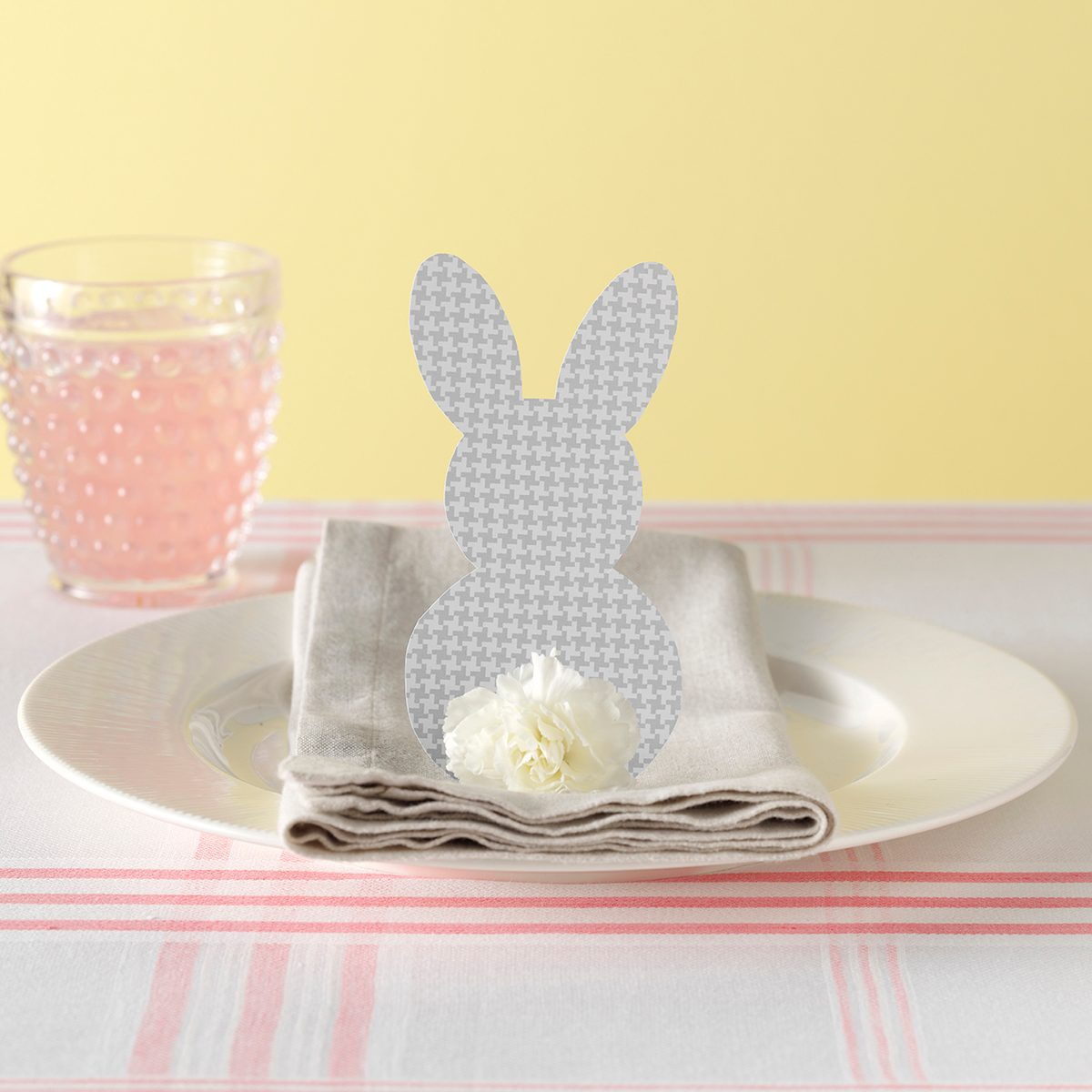 paper bunny napkin display