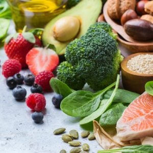 9 Foods That Lower Cholesterol Naturally
