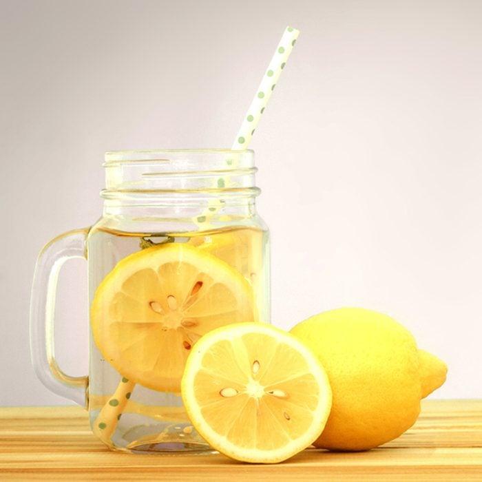 Citrus lemonade water with lemon slices