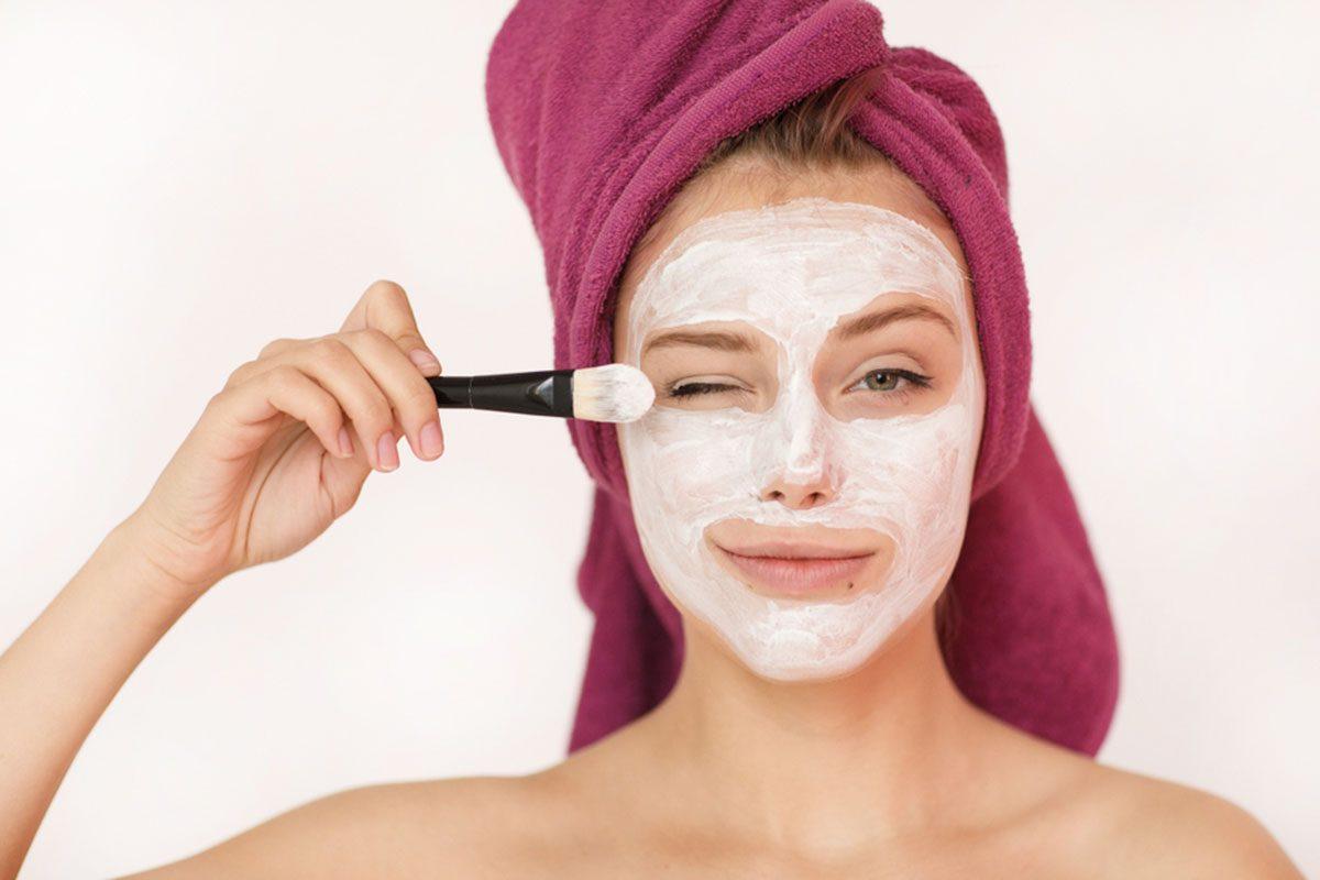 Get Glowing Skin with a DIY Yogurt Face Mask