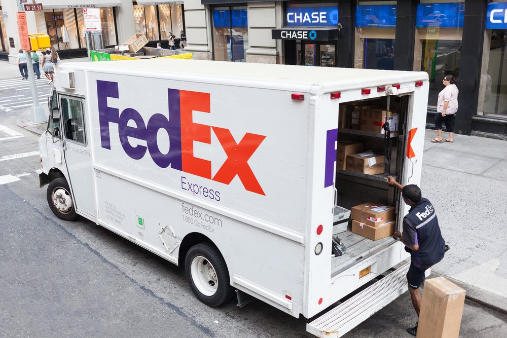 FedEx Will Deliver Your Groceries With a ROBOT From These Stores