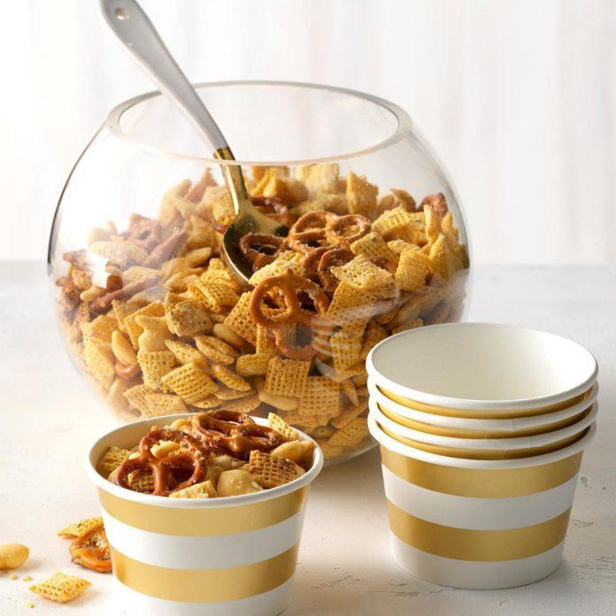 Parmesan-Ranch Snack Mix