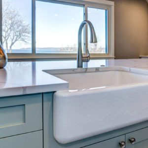 Why You Might Think Twice About Installing a White Farmhouse Sink