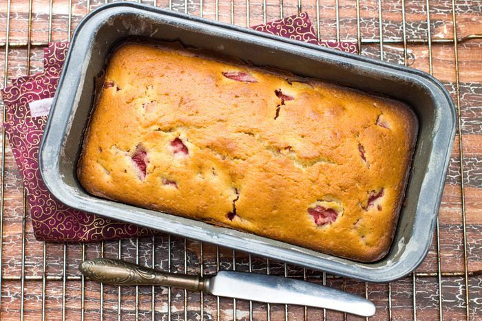 strawberry banana bread made with yogurt