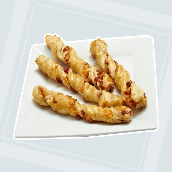 Bacon Cheddar Puff Pastry Twists