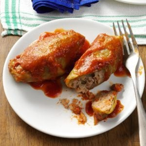 Pressure Cooker Beef and Rice Cabbage Rolls