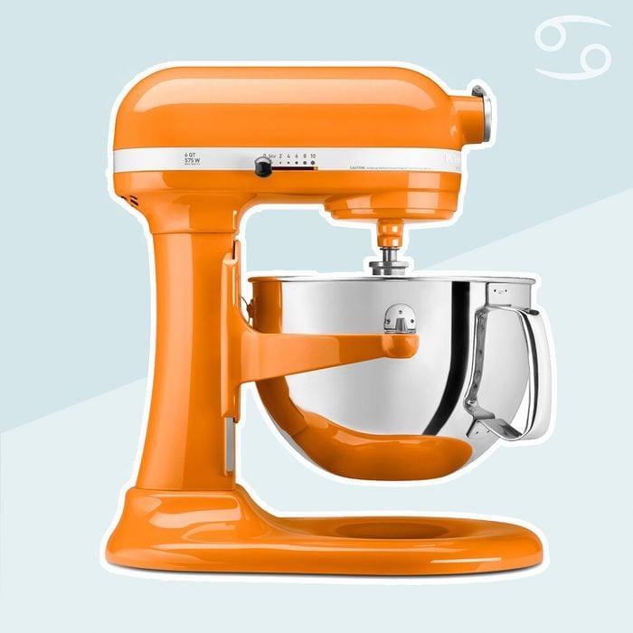 kitchenaid standmixer in tangerine