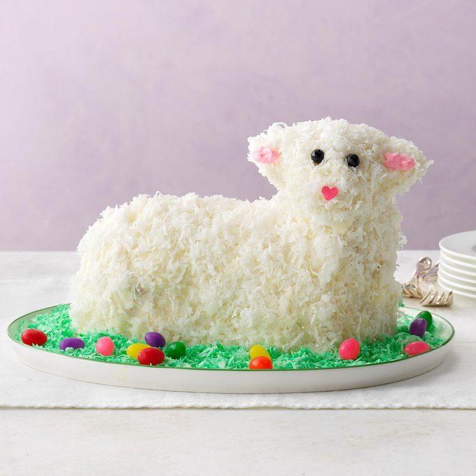 Easter Lamb Cake Exps Diyd19 172378 E03 20 1b 15