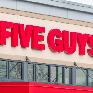 11 Secrets Five Guys Employees Won't Tell You