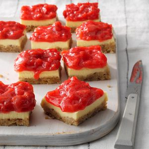 Strawberry Rhubarb Cheesecake Bars