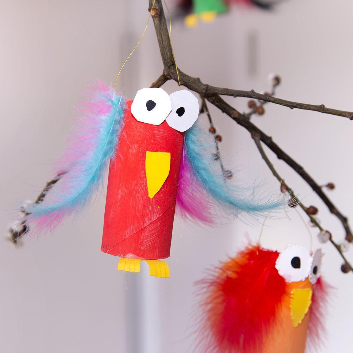 Kindergarten - kids arts and crafts;