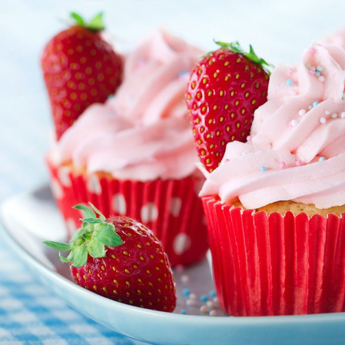 How to Make Easy Strawberry Frosting