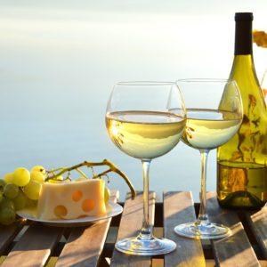 11 Best White Wines Under $20