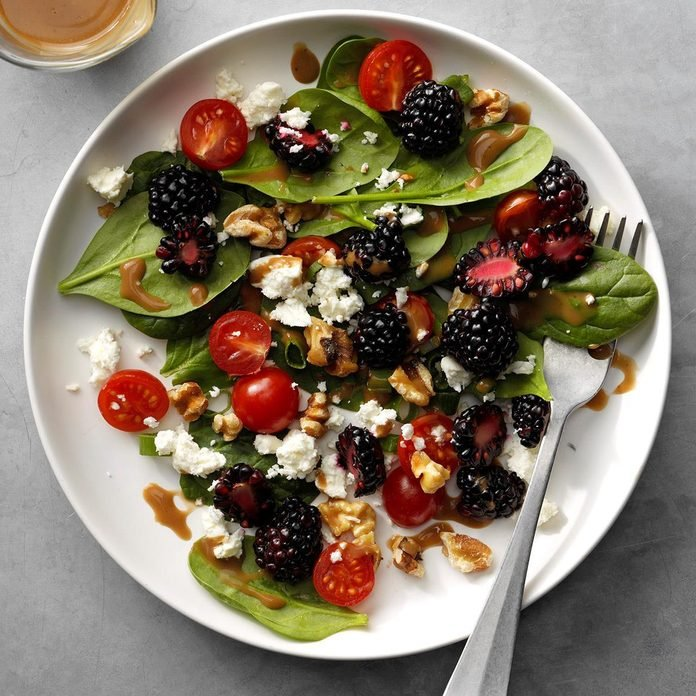 Blackberry Balsamic Spinach Salad Exps Sdjj19 98884 B02 12 6b 5