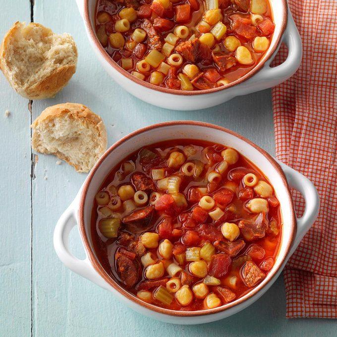 Chorizo And Chickpea Soup Exps Sdjj19 150632 E02 07 1b 13