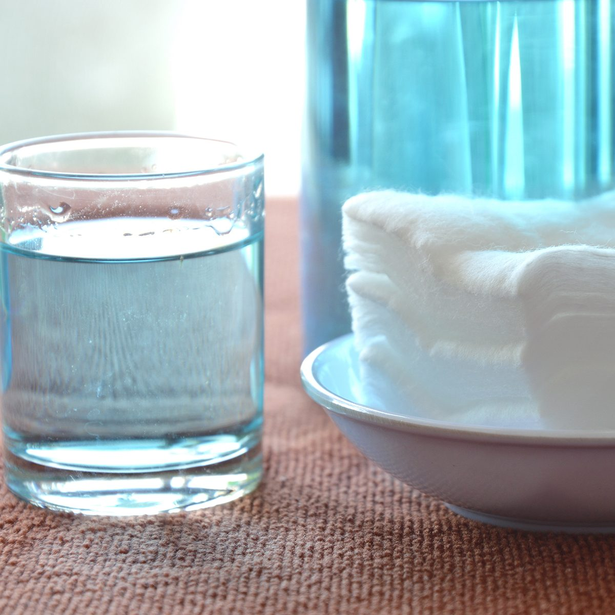 blue alcohol for wash wound in glass and clean white cotton