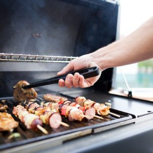 What's the Best Outdoor Gas Grill for You: Propane or Natural Gas?