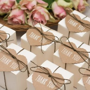 10 Wedding Thank You Gifts Your Guests Will Want to Keep Forever