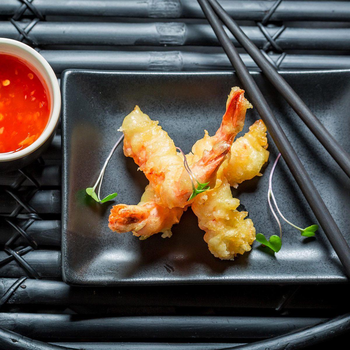Tempura shrimp and sauce