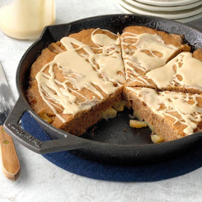 Cast Iron Nutmeg Coffee Apple Cake
