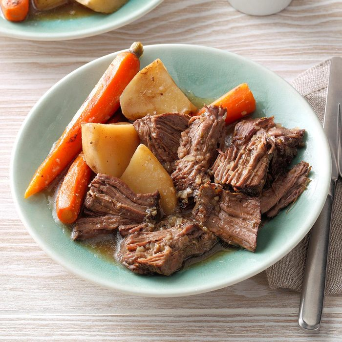 Favorite Beef Roast Dinner Exps Thedscodr19 78044 C02 22 1b 11